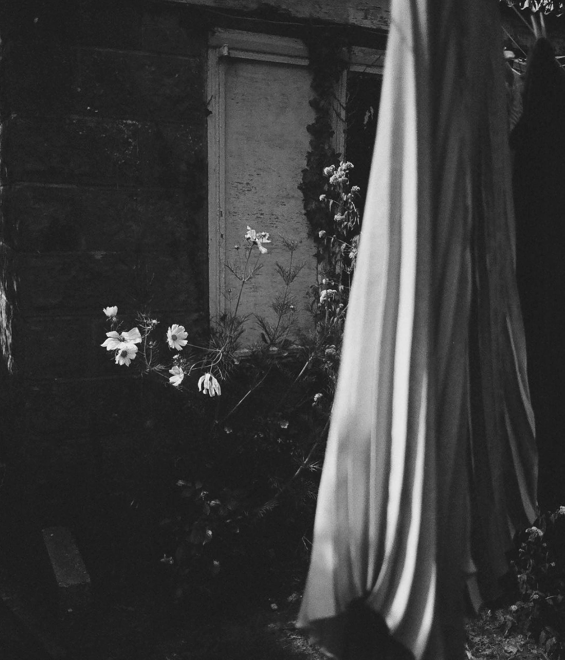 Jessica MacCormick: Lifestyle shoot for Curionoir
