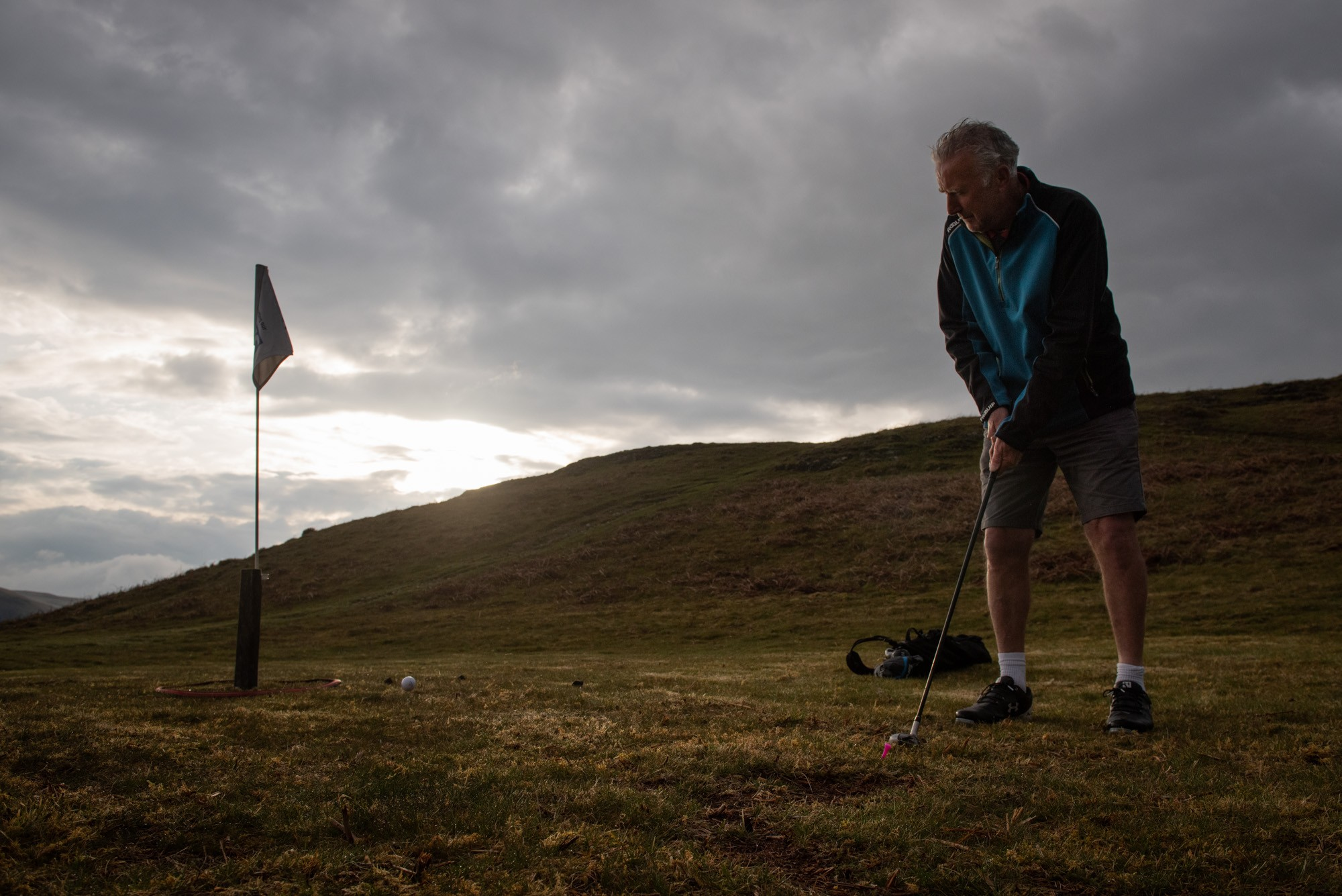 Philip Hatcher-Moore: Phil photographs curious golfers for NYT