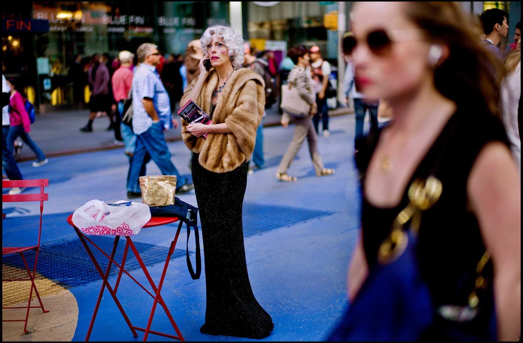 Sarah_M_Lee_Sidewalk_America_7.jpeg